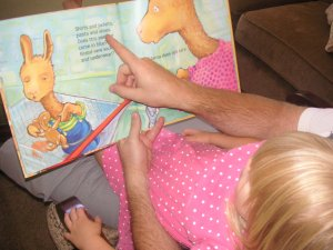 Mommy Fun Fact #8 ~ learning to read starts with story time