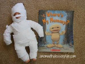Halloween Book Activity – Mummy Babies