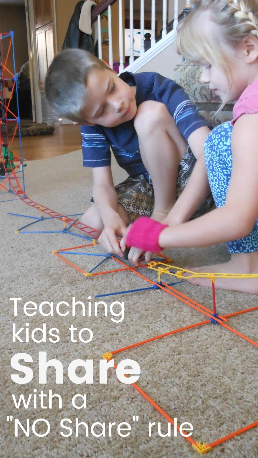 teaching kids to share, siblings, how to, parenting tips, toddler, preschool, kindergarten, school age, positive parenting, #parenting101 #siblingrivalry