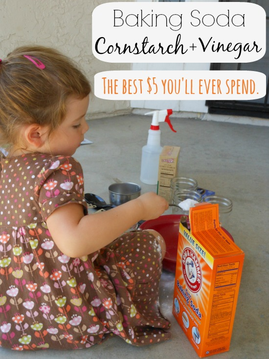 baking soda and vinegar experiement ... awesome way to play with baking soda