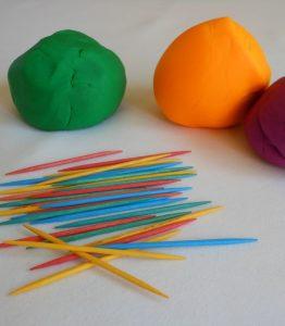 Creative Kid Table Week 6: Simple Play Dough Play